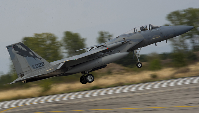 Bulgaria, US commence joint air policing
